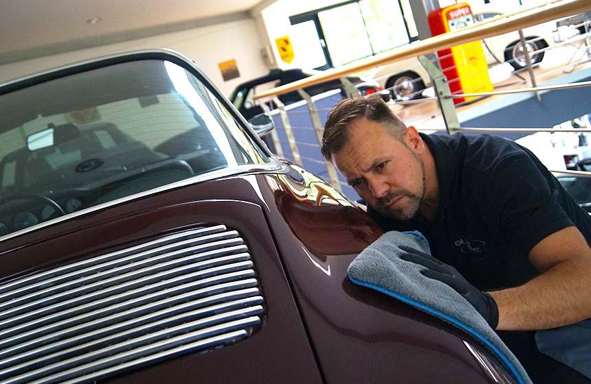 Exterior Autopflege mit Thomas Haltenhoff